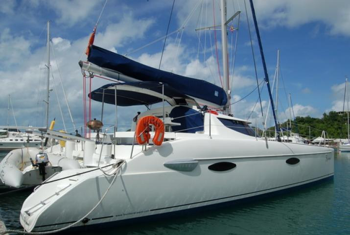 Yacht Charter Phuket - Catamaran Lavezzi 40