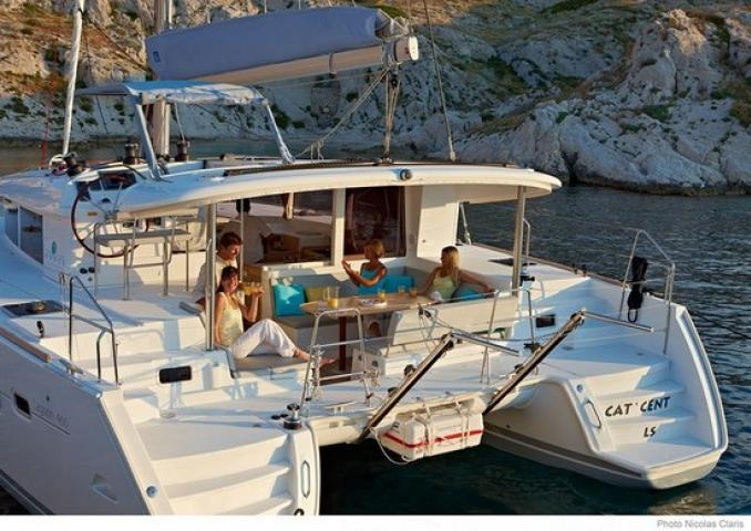Lagoon 400 S2 - Hellios